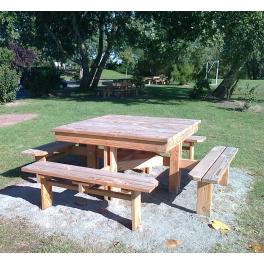 table foresti re carr 4 bancs scierie boutolleau. Black Bedroom Furniture Sets. Home Design Ideas